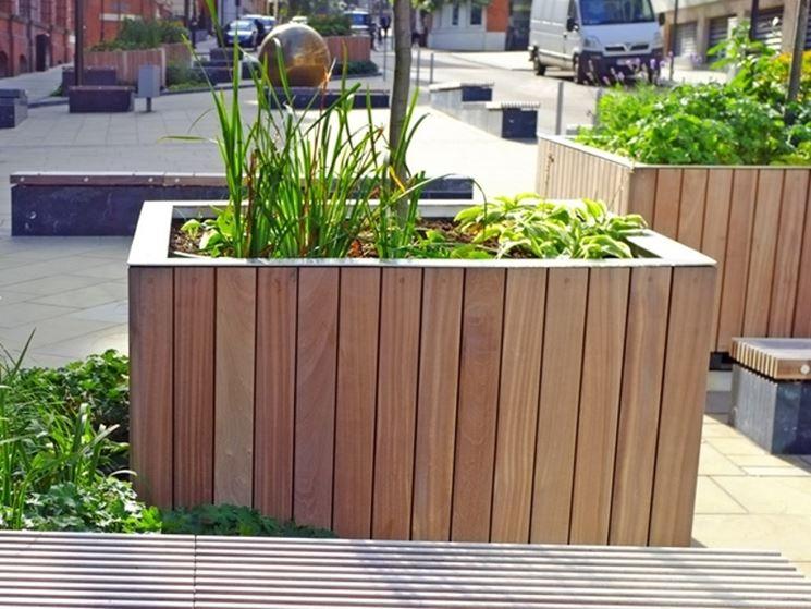 Fioriera in legno per esterno