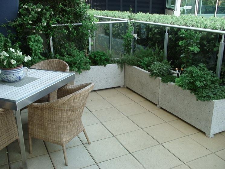 Fioriere da balcone vasi e fioriere tipologie di - Fioriere da balcone ikea ...