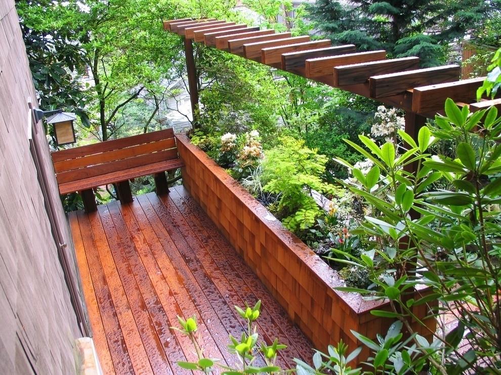Fioriere da balcone vasi e fioriere for Portavasi balcone