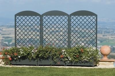 Fioriere giardino vasi e fioriere for Divisori da giardino in plastica