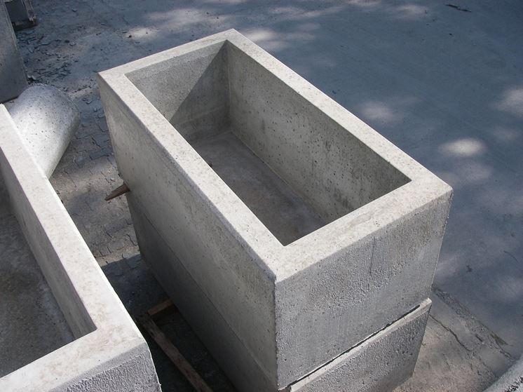 Fioriera in cemento