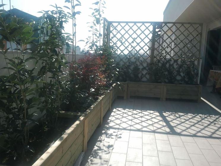 Fioriere terrazzo - vasi e fioriere - Arredare il terrazzo con le ...