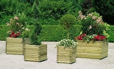 Fioriere vasi e fioriere guida alla scelta delle fioriere - Fioriere in legno per giardino ...