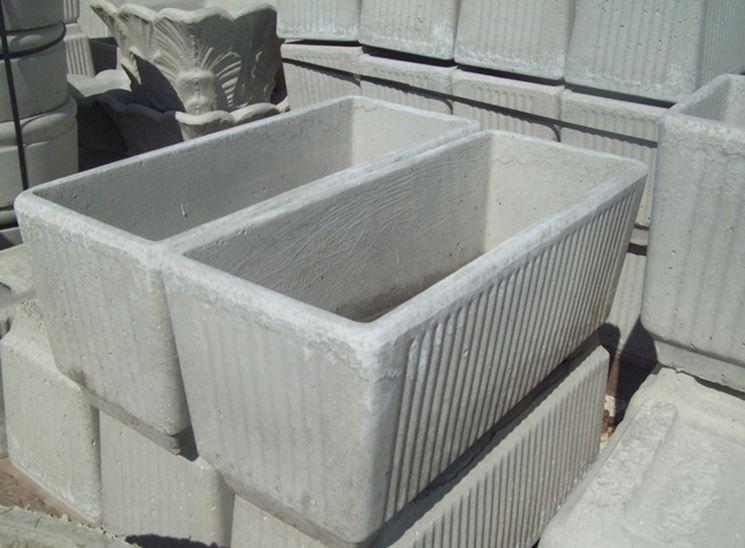 Classici vasi in cemento