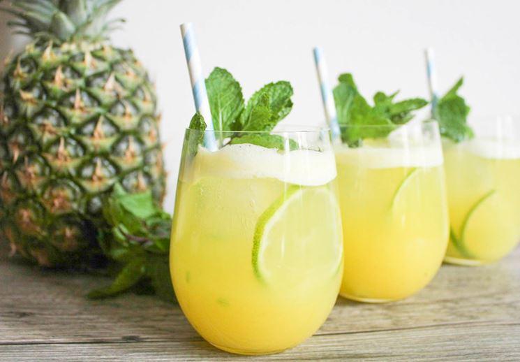 succo di ananas menta e limone
