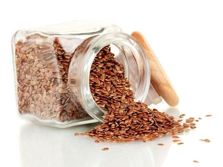semi di lino con barattolo