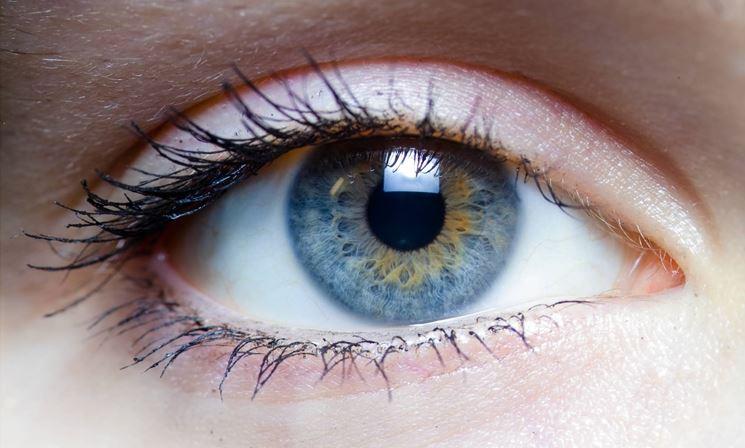 Infuso di camomilla per gli occhi