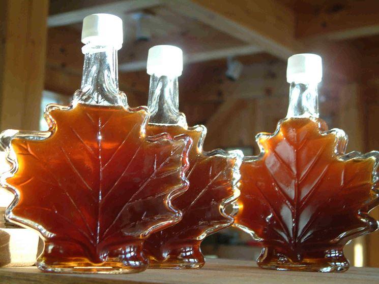 Bottiglie a forma di foglia d'acero