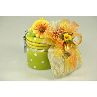 Bomboniera con fiori artificiali