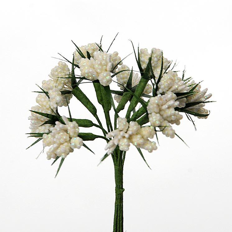 Fiori artificiali per bomboniere composizioni di fiori for Nomi di fiori bianchi