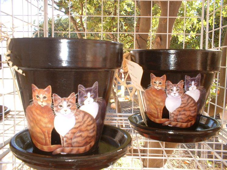 vasi decorati con dei gattini