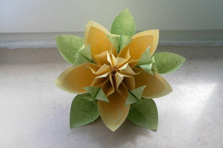 Origami fiori kusudama