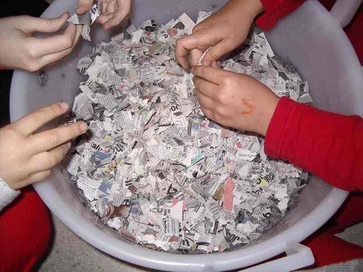 Come fare la cartapesta - Fiori di carta - Ecco come fare la cartapesta e dec...