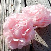 Come realizzare fiori di carta crespa