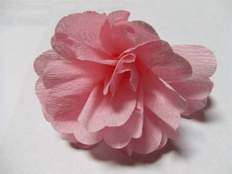 Rosa di carta crespa