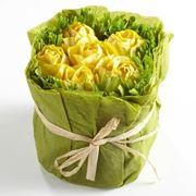 Bouquet di fiori di carta crespa