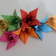 Composizione di fiori origami
