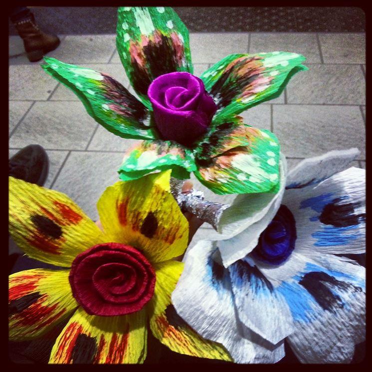 Fiori carta fiori di carta fiori di carta for Fiori di carta di giornale
