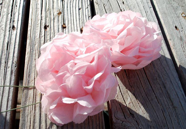 Fiori con carta crespa fiori di carta realizzare fiori di carta crespa - Carta crespa decorazioni ...