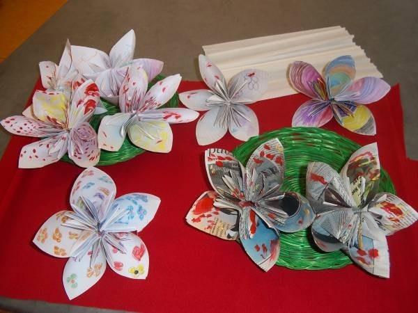 Fiori di carta origami fiori di carta come fare gli for Fiori di cartoncino