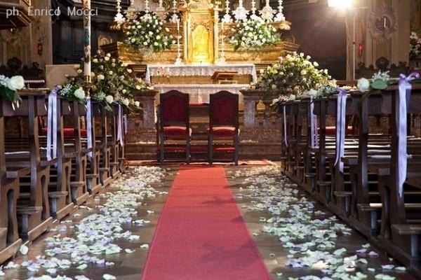 Matrimonio Natalizio Addobbi Chiesa : Addobbi floreali matrimonio in chiesa fiorista fiori