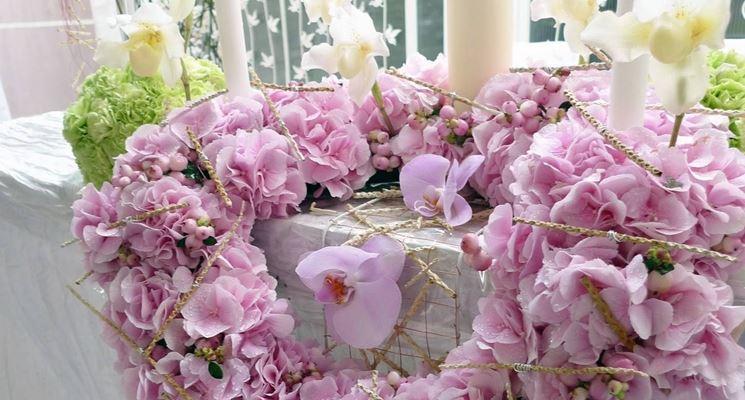 Addobbi floreali per matrimoni low cost