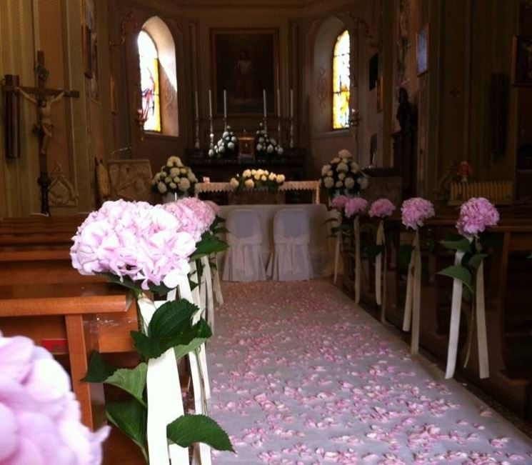Allestimento Chiesa Ortensie : Addobbi matrimonio chiesa fiorista