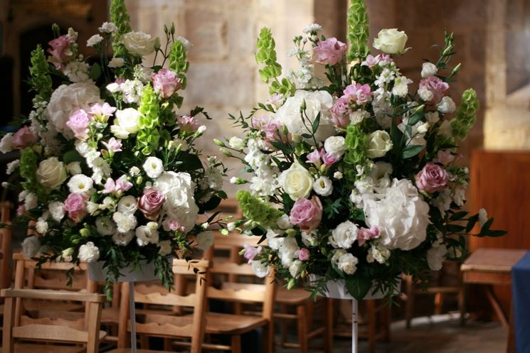 Favorito Composizioni floreali chiesa - Fiorista - Fiori per cerimonia chiesa GF16