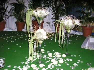 addobbi floreali sul tavolo
