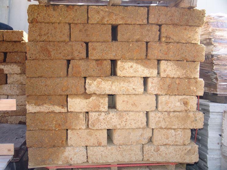 mattoni di tufo giardinaggio caratteristiche dei