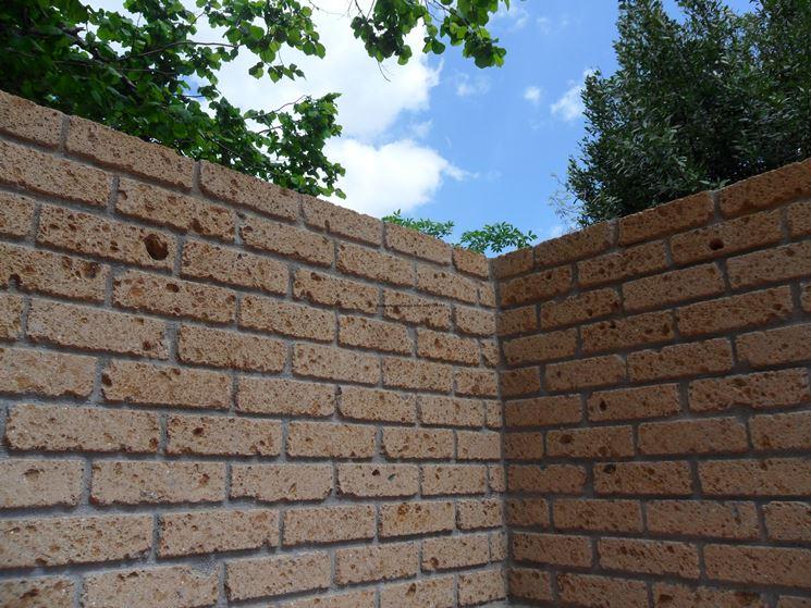 Mattoni di tufo giardinaggio caratteristiche dei for Disegni di casa di mattoni