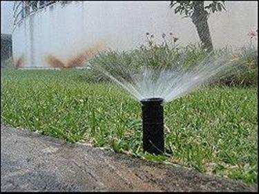 Esempio di irrigatore a scomparsa
