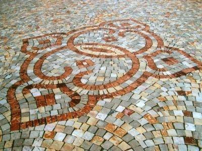 Pavimenti esterno progettazione giardini - Mosaico per esterno ...