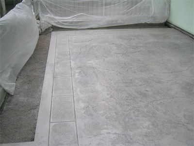 Pavimenti in cemento progettazione giardini caratteristiche