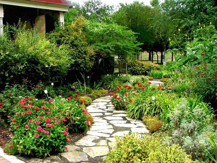 Realizzare giardino progettazione giardini realizzare - Giardino mediterraneo ...