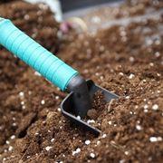 Preparazione fondo del giardino