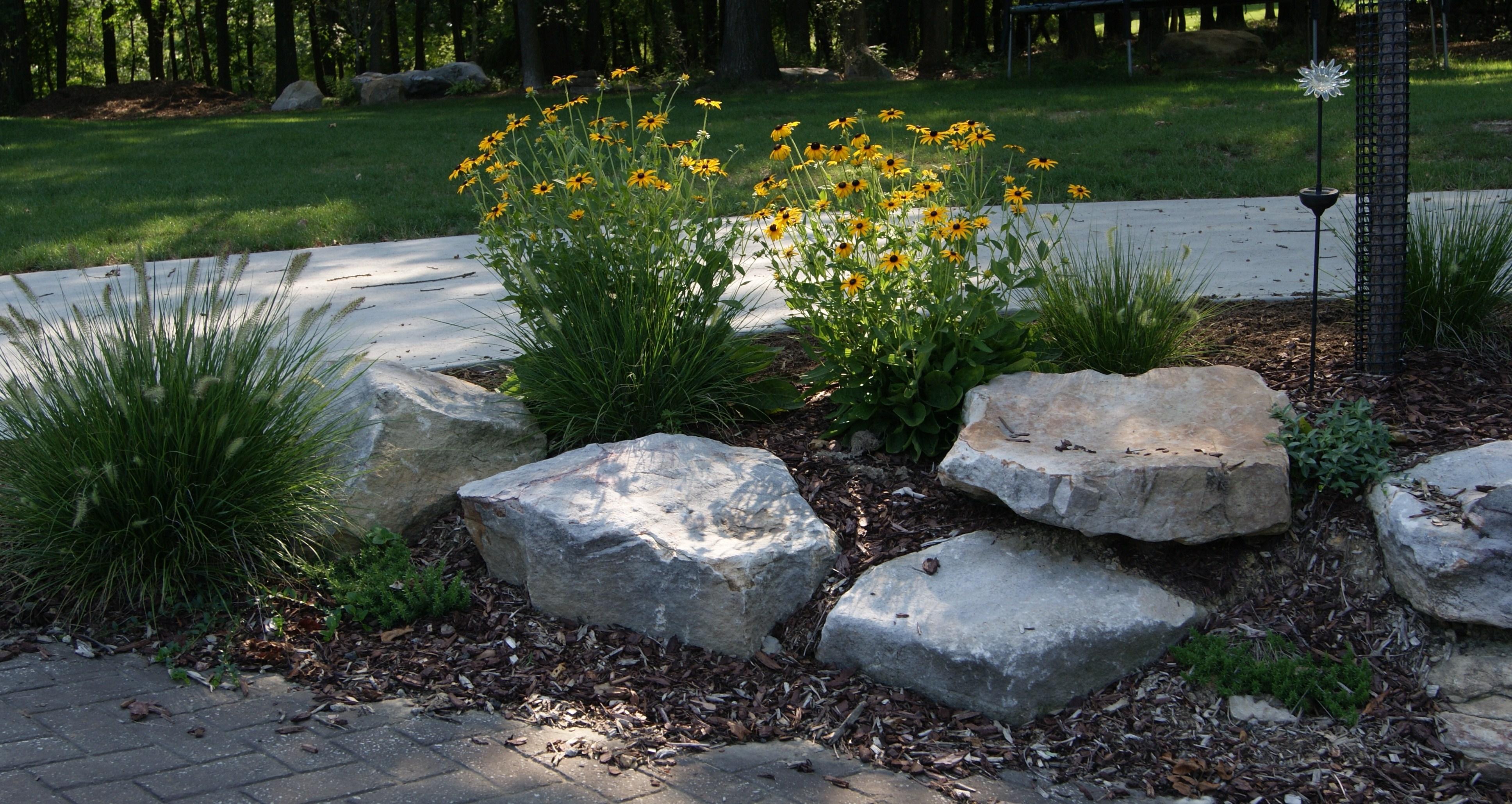 Sassi da giardino progettazione giardini usare sassi in giardino - Giardini decorati con sassi ...