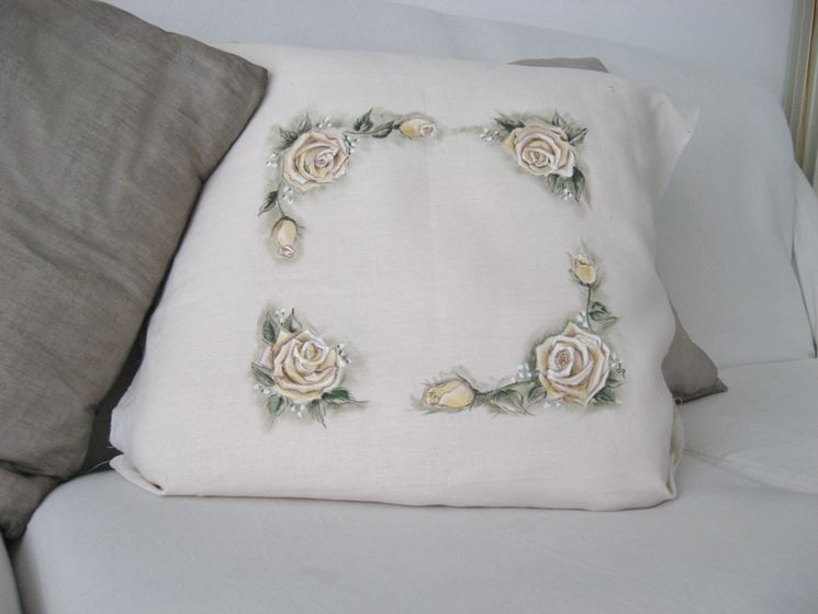 immagini di rose multicolore su invito
