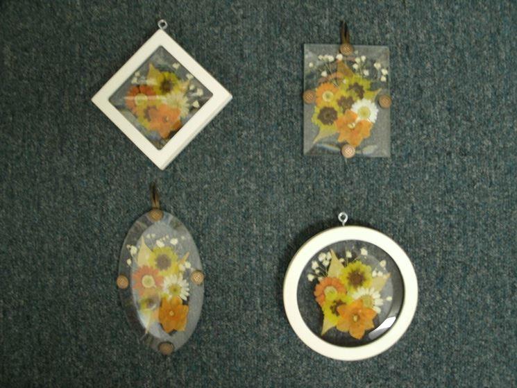 composizione con fiori secchi