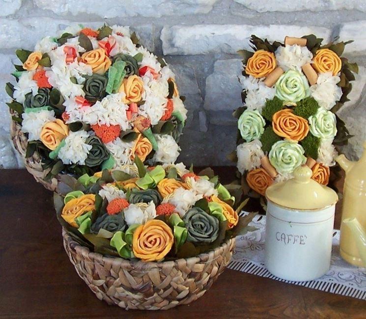 composizione fiori secchi arancio