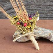 Bouquet con fiori secchi