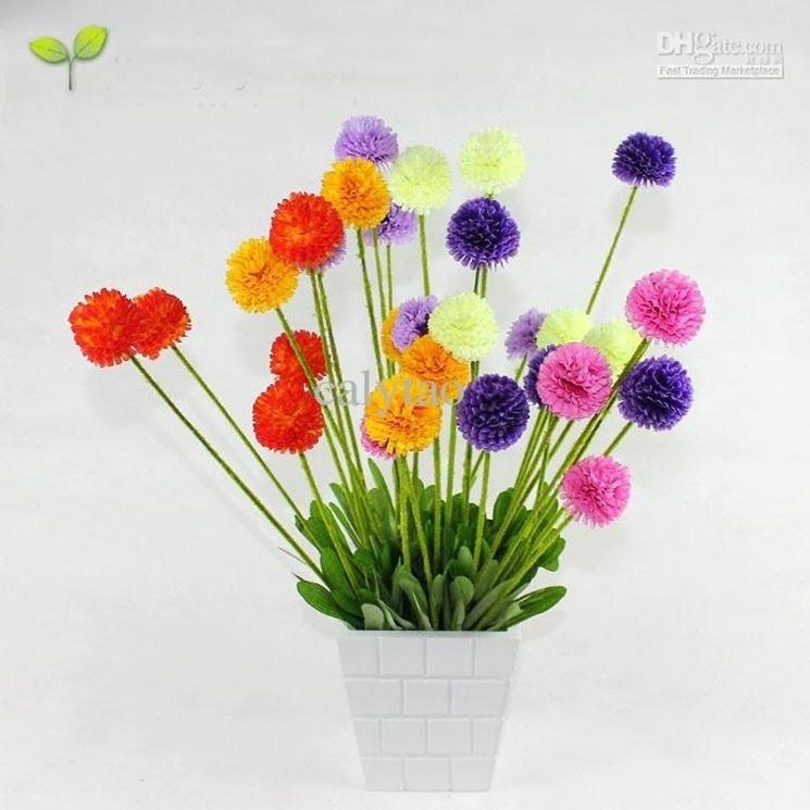 Allegra e colorata pianta artificiale